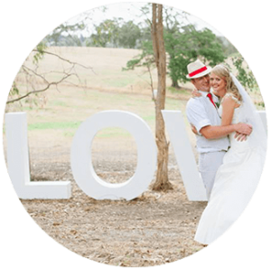 Suggested Product circles _LOVE LETETRS WHITE